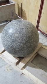 Шары из камня, гранитные шары.Сферы (полусферы) гранитные