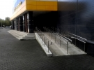 Облицовка колонн Торгово-развлекательный комплекс Квадрат, г. Нижний Тагил, 2016